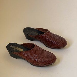 Vintage Brazilian Made Woven Leather Mules Size 8